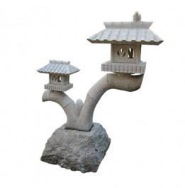 les lanternes japonaises en granit. Black Bedroom Furniture Sets. Home Design Ideas