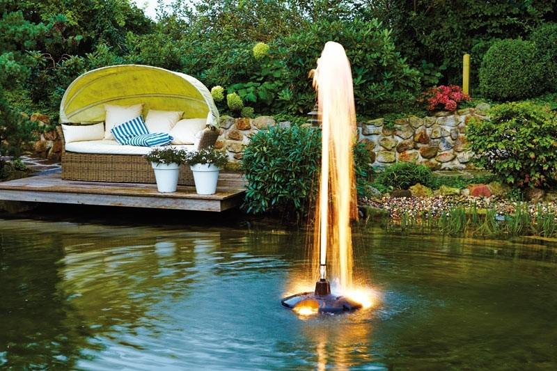 Oase pompe flottante pond jet eco for Koi pond jets