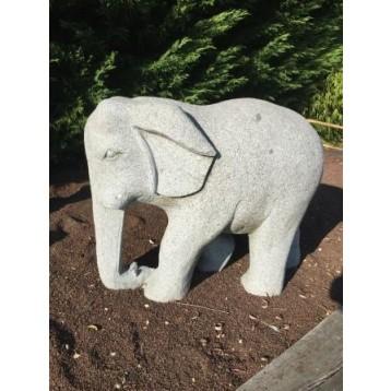 Eléphant granit décoration l 75 cm  220 kg